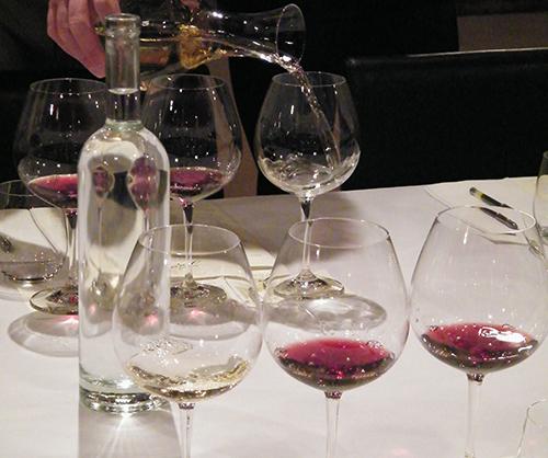 Wine_tasting_LRG1